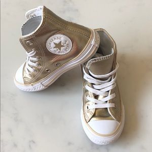 Gold kids converse – size 10.5